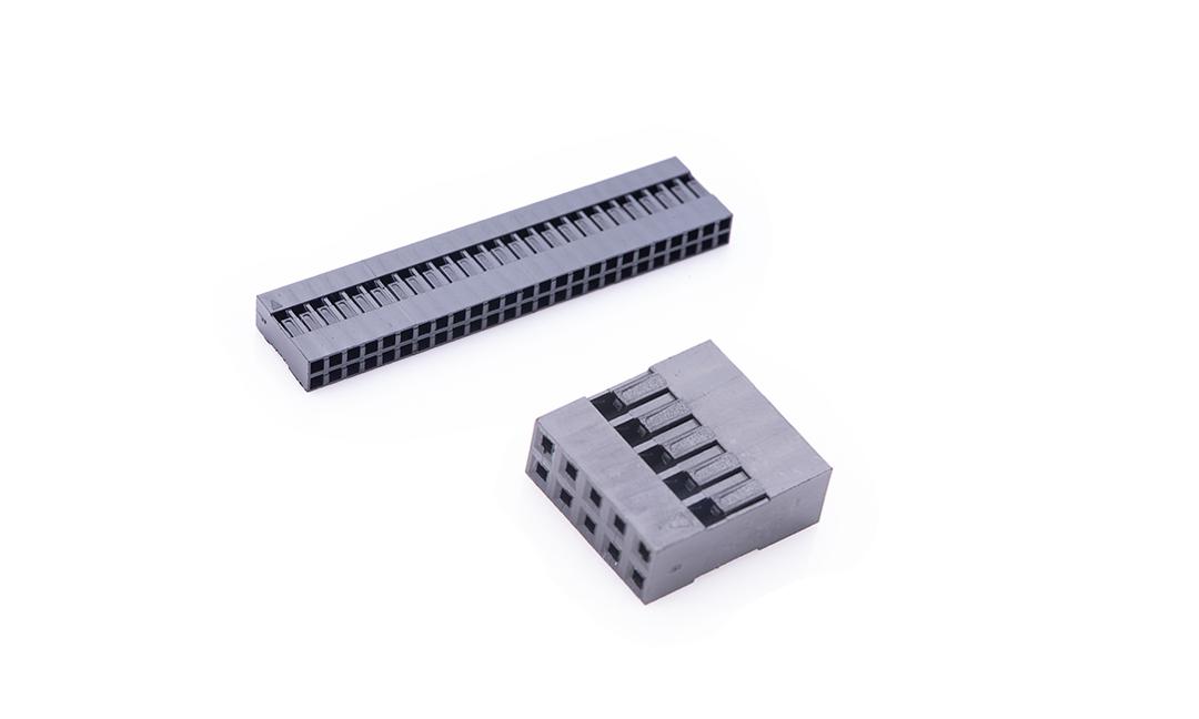 FHG25404 线端插头胶壳 2.54mm(黑色)